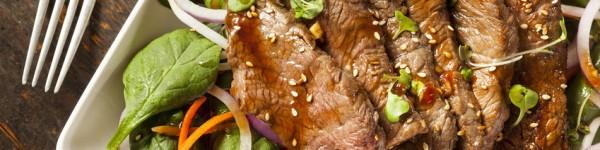 Salade de bœuf exotique au poivre noir de Tellichery